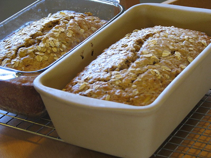 Deliciously Light Banana Oat Bread - MomAdvice