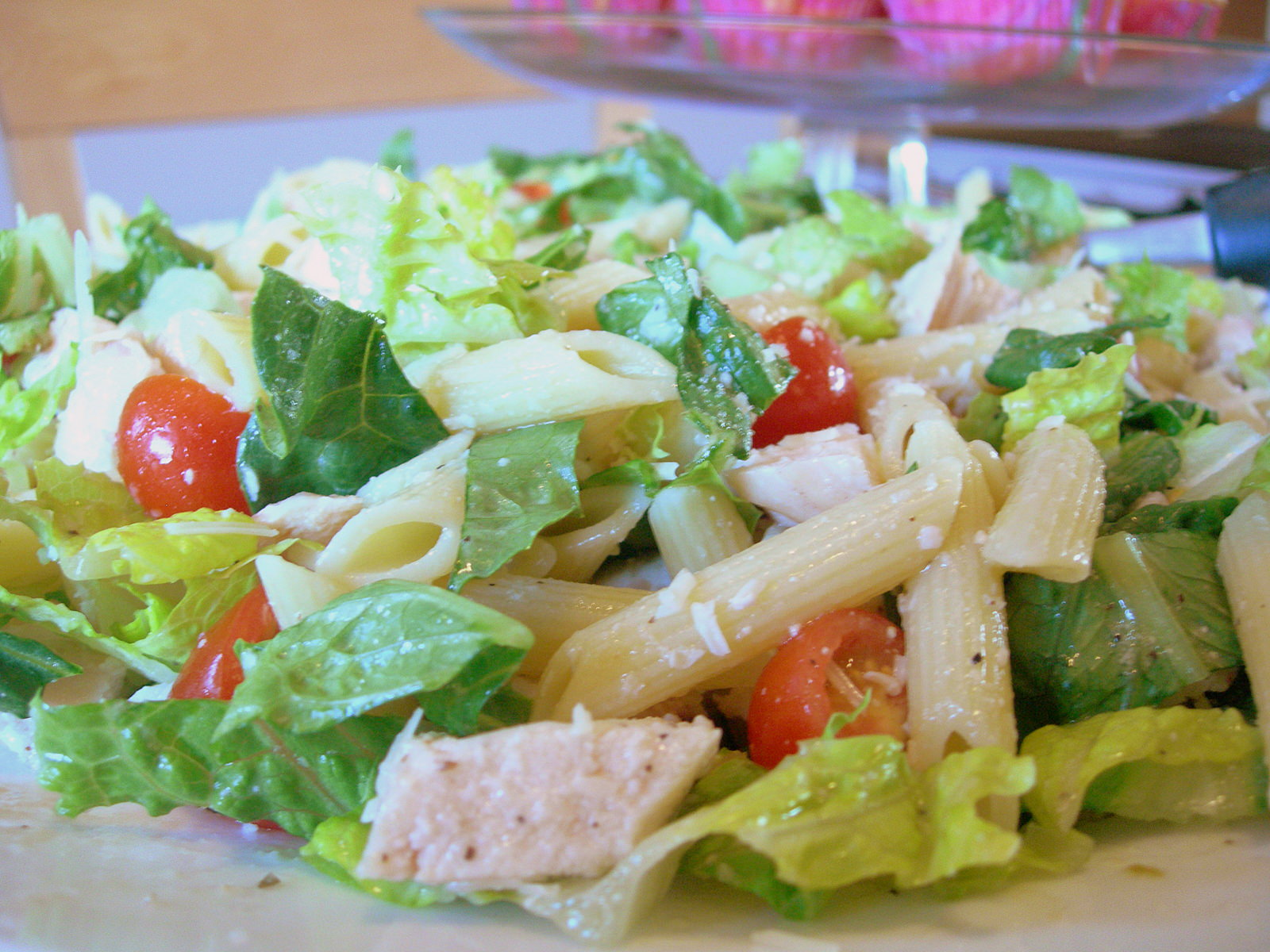 caesar chicken pasta salad 1 pound chicken about three small breasts