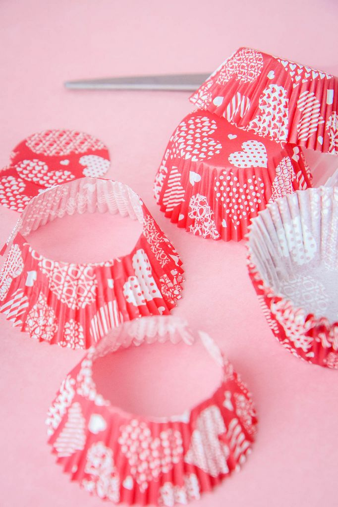 Cutting Edges Off Cupcake Liners