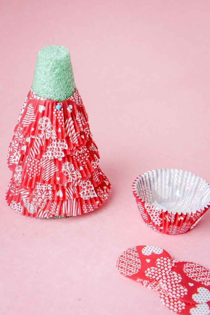 Ruffling the Cupcake Liner Trees