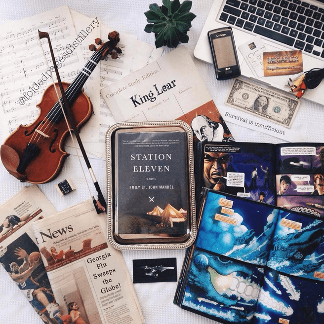 It's the 3 Little Things: Night Reading, IG Love, ...
