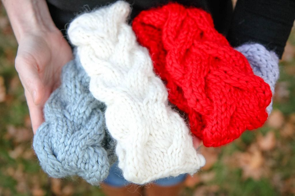Ear Warmer Headband Knitting Pattern Close-Up Different Colors