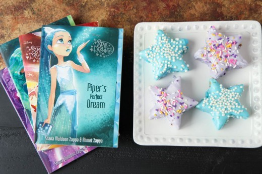 Mini Star Cakes (Star Darlings Book Giveaway!!)