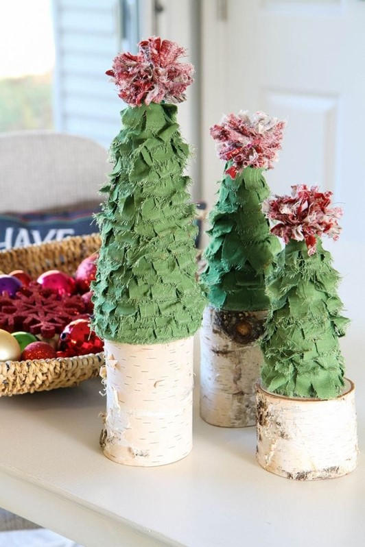 Scrappy Fabric Trees in Just 15 Minutes