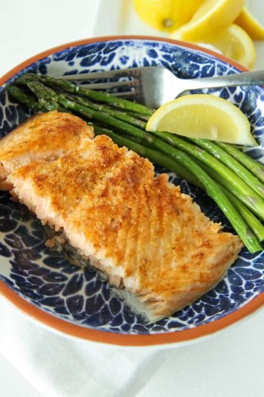 5-Ingredient Salmon Sheet Pan Meal